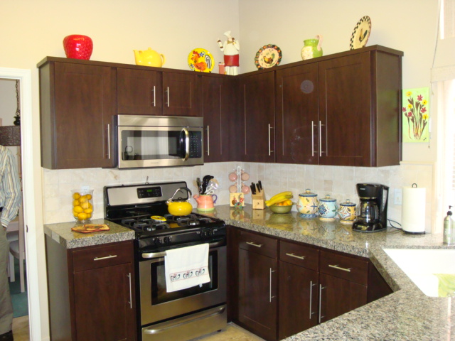 Sun city reface finished cabinets by precision works for Chocolate pear kitchen cabinets